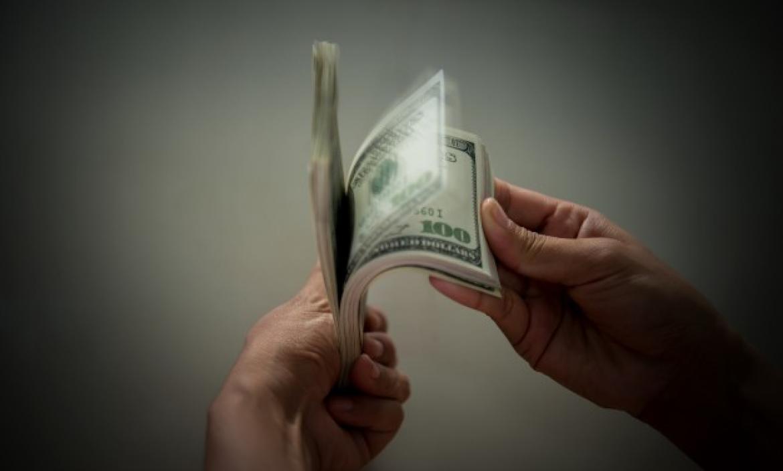 Imagen billie-dollar-hand_1150-748