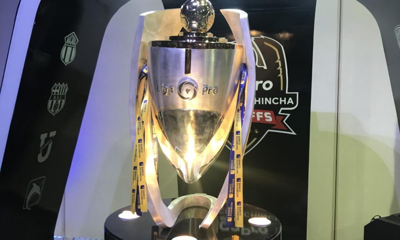 Imagen trofeo ligapro