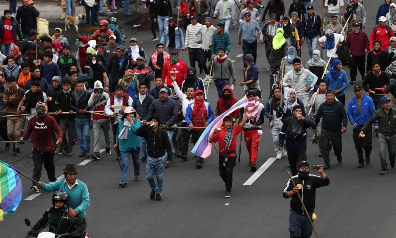 Indígenas se acercan a Quito para participar en gran manifestación