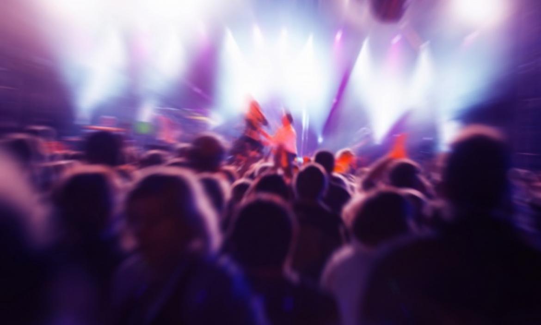 Imagen people-concert_1160-737
