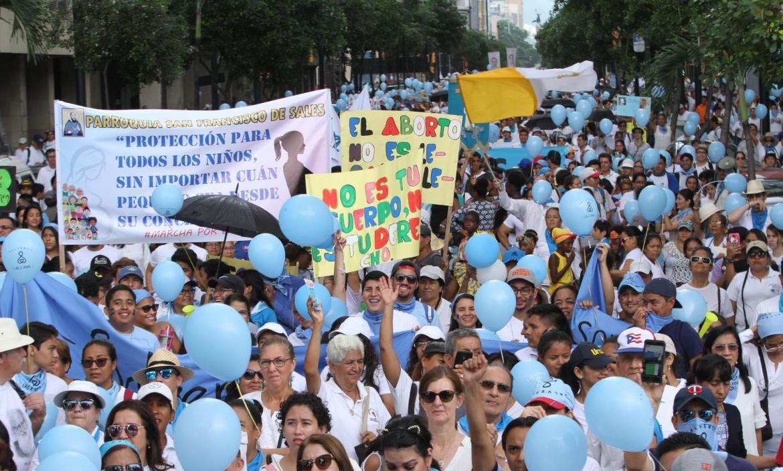 CAMINATA PARA CELEBRAR EL DÍA DEL NIÑO POR NACER, EN GUAYAQUIL
