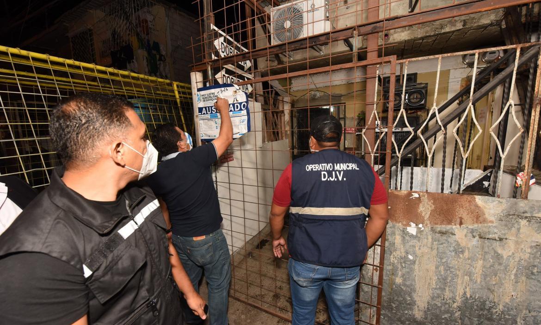 clausura de locales Guayaquil