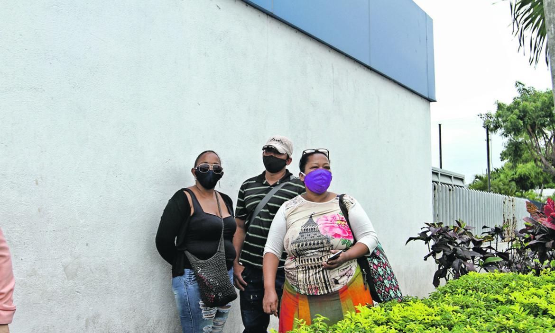 Familiares de Hernando Sacro Angulo lo hallaron en el Laboratorio de Criminalística.