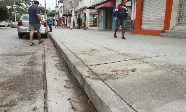 En este lugar, Gabriel Ortega recibió cuatro tiros. Ayer, moradores aún comentaban el hecho que los alarmó.