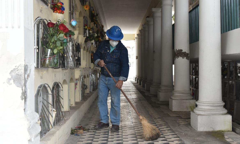Cementerio - Día de los Difuntos - Quito