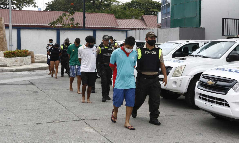 Los detenidos fueron presentados por la Policía y puestos a órdenes de las autoridades.