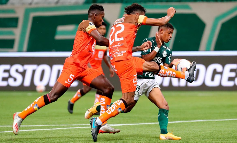 Delfín perdió ante Palmerias en Brasil 5-0.