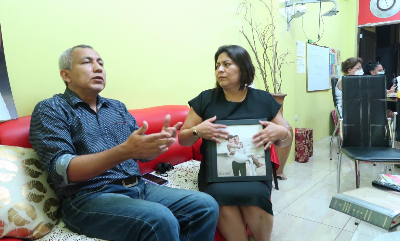 Los padres de joven fallecida, Mario Baquerizo y Katty Muñoz,  aseguran que no se trató de una muerte accidental.