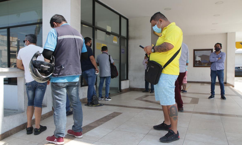 La agencia bancaria está ubicada en el norte de Guayaquil.