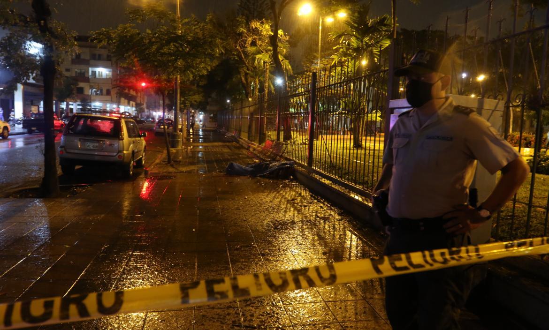 Uno de los crimenes ocurrió en las calles Portete y Chile, en pleno centro porteño.