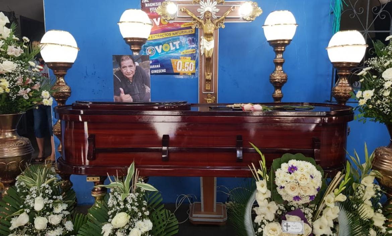Los restos de Juan Martín Villamar Castro son velados en su domicilio.