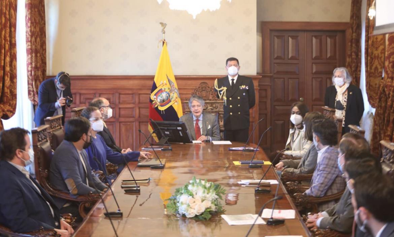 Guillermo Lasso prevé lanzar un plan para reducir la desnutrición infantil en Ecuador.