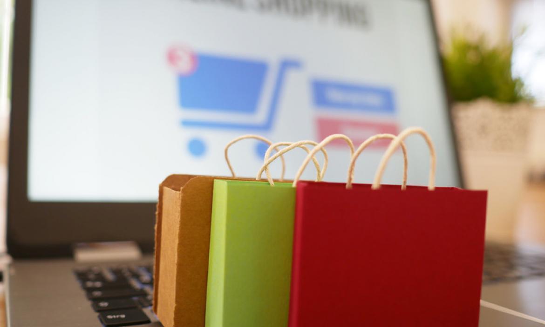 Con la liberación del impuesto, las personas podrán comprar más artículos en el exterior.