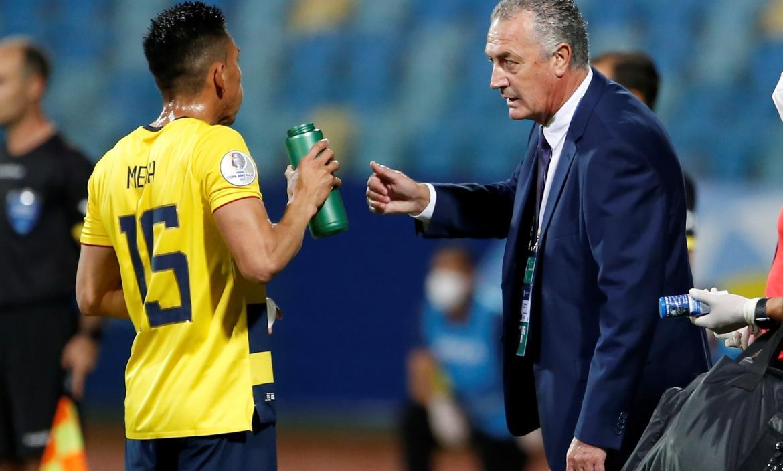 Gustavo-Alfaro-Ecuador-Copa-América