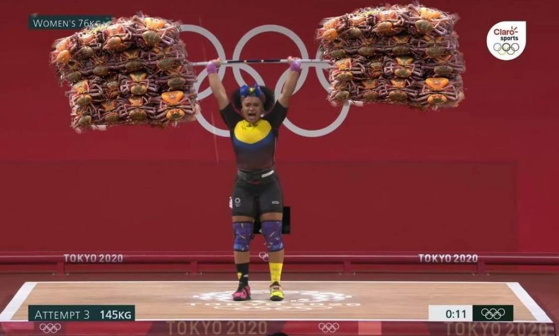 Neisi Dajomes alcanzó el oro mundial en levantamiento de pesas.