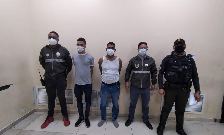 Venezolanos detenidos robo centro comercial 2