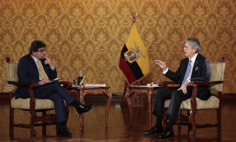Guillermo Lasso, en entrevista con Carlos Vera.