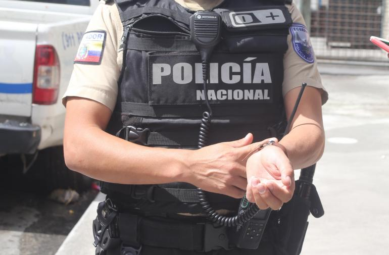 Suicidio - Policía - Carcelén