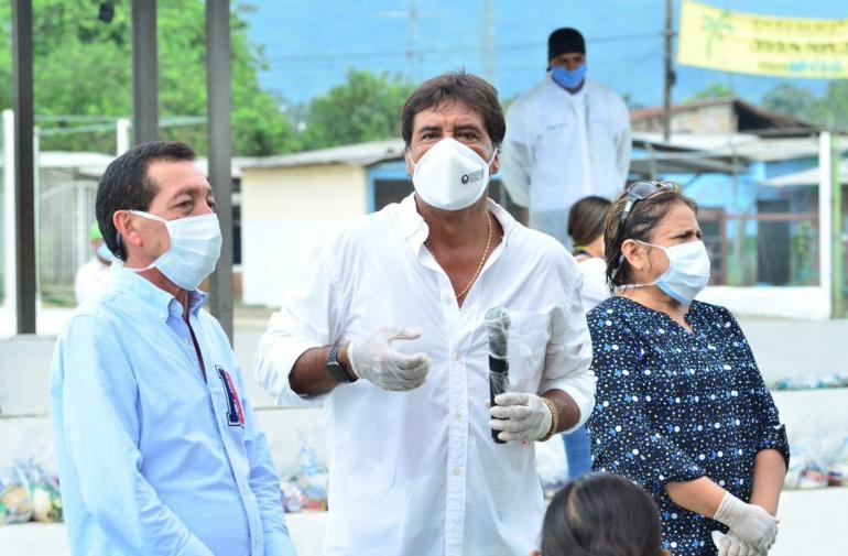 Imagen Alcalde de El Triunfo junto al Prefe (29380718)