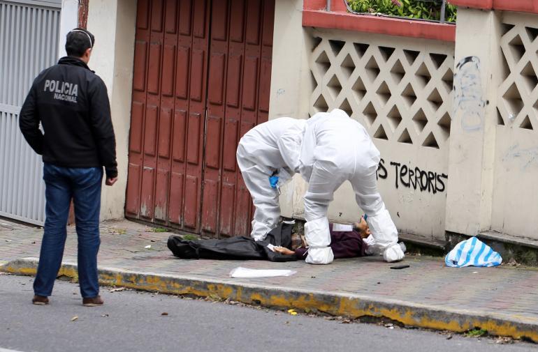 Coronavirus - Muertos - Quito - Vía Pública