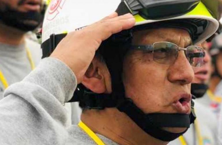 Patricio Rodas se convirtió en Cuenca en el primer bombero socorristas víctima mortal del COVID-19.