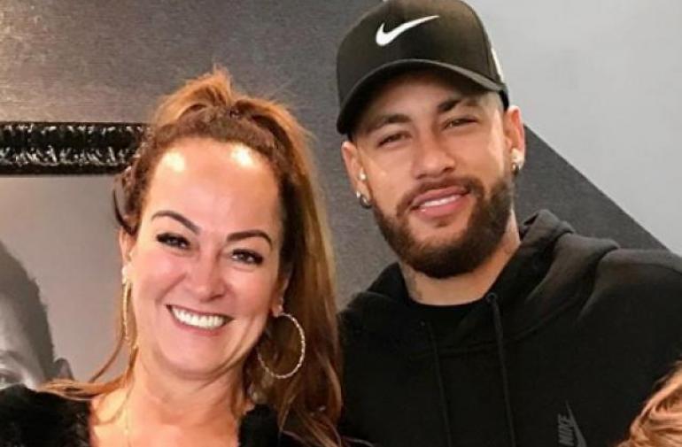 La mamá de Neymar se sometió a una restruccturación orofacial.