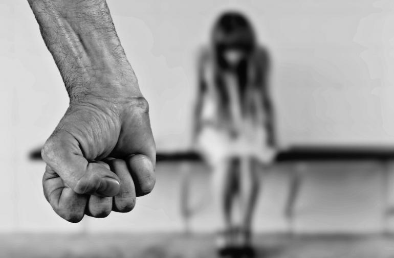 violación - menor de edad - abuso sexual
