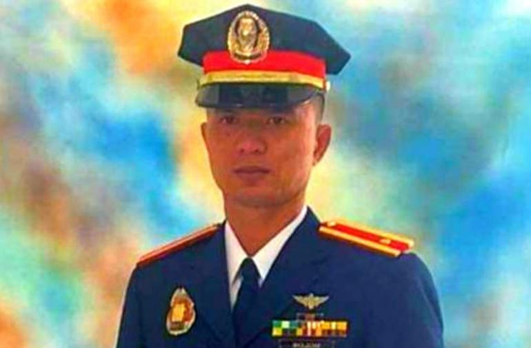 gallo-pelea-asesino-policia-filipinas