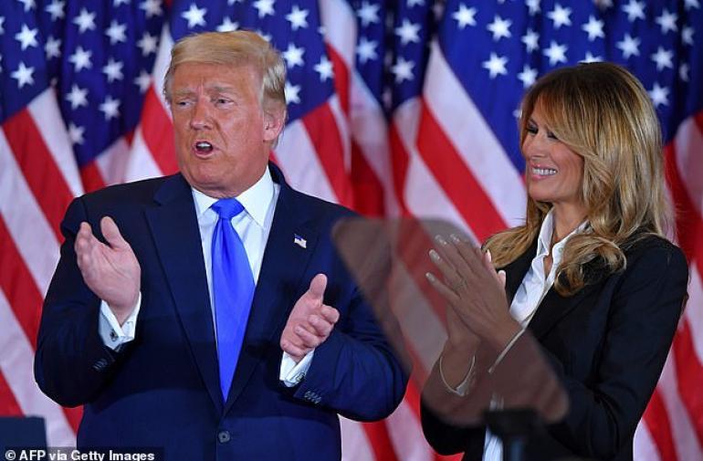 Se habla de un posible divorcio entre Trump y Melania.