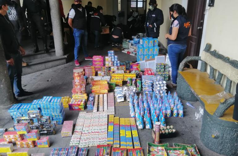 Pirotecnia - Quito - Decomiso