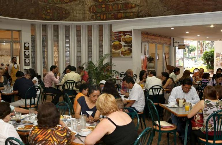 El restaurante La Canoa cerró sus puertas.