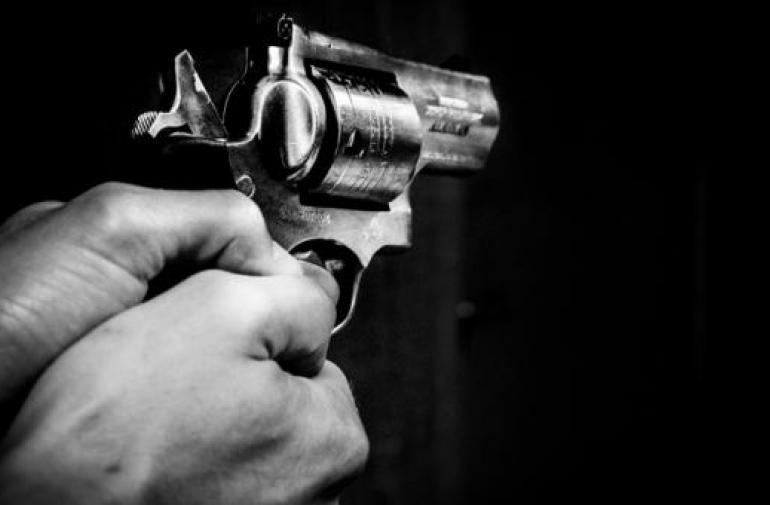 Dos hechos violentos se registraron la noche del sábado. Utilizaron arma de fuego.