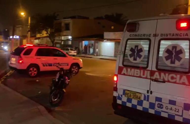 Los dos heridos fueron llevados a una casa de salud. Policía investiga este reciente hecho criminal.