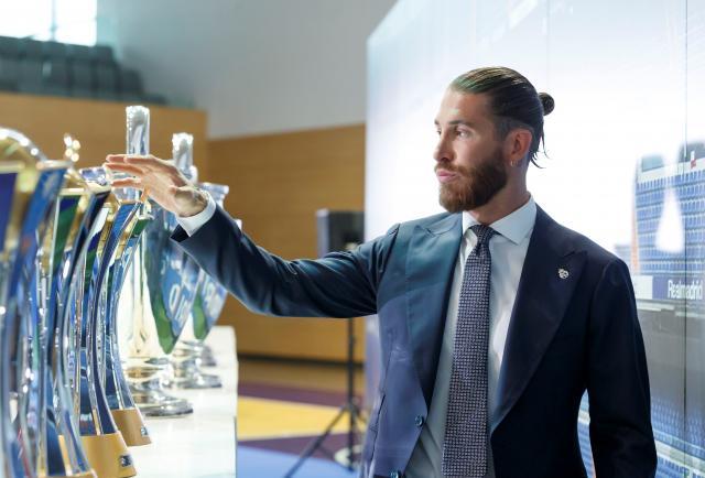 Sergio Ramos se fue de llanto en su despedida del Real Madrid