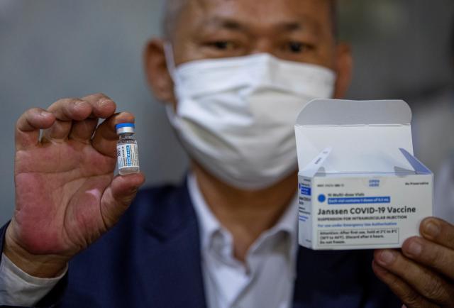Estados Unidos avisa de vínculo entre la vacuna de Janssen y el síndrome Guillain-Baré