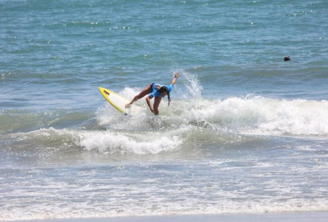Tokio 2020: La surfista tricolor Dominic 'Mimi' Barona pasa a la segunda