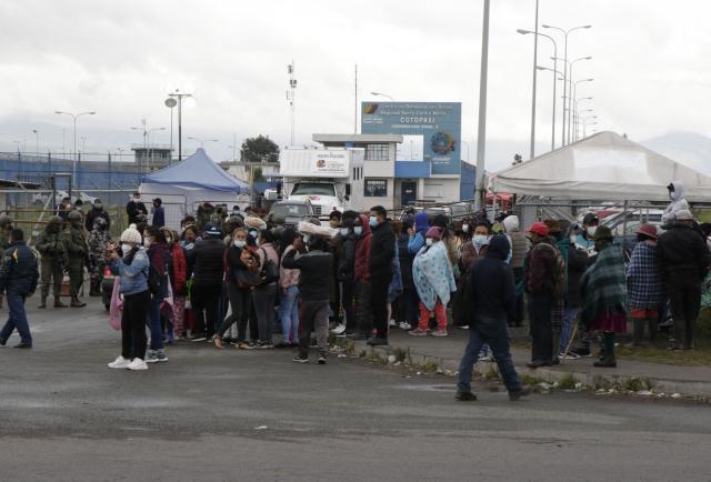 ¡Hambre y miedo en la cárcel de Cotopaxi!