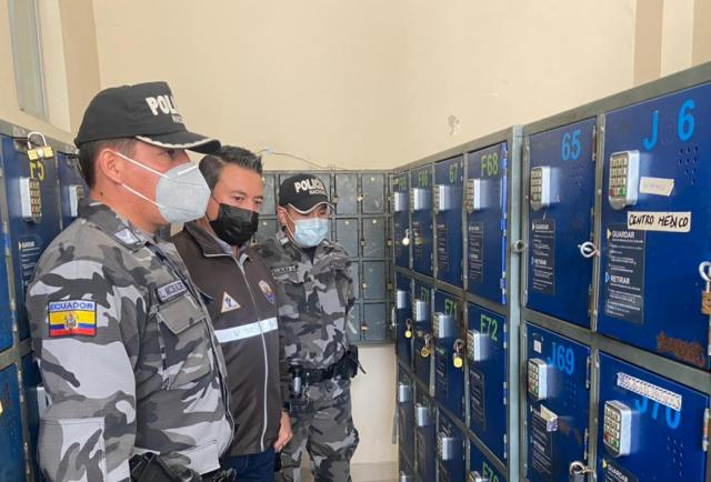 Quito: Se quedaron sin 'tabacos' en la cárcel El Inca