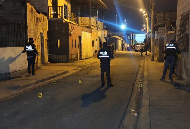 ¡Un fallecido por disparos en la 'Trinibala', en Guayaquil!